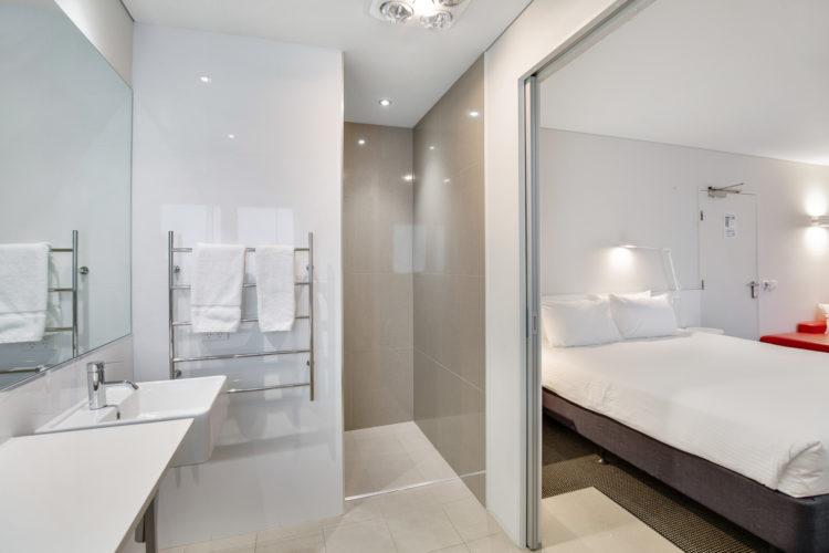 King Suite Bath&Bed