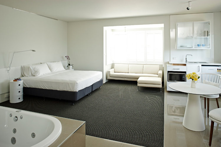 Spa & Lounge